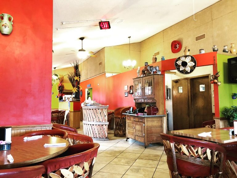 Interior shot of El Tapatio